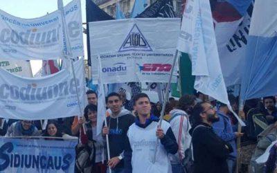 Docentes universitarios entrerrianos continúan el plan de lucha